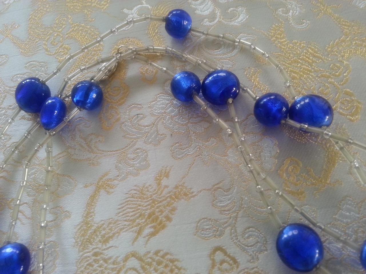 blue-string-long-beads