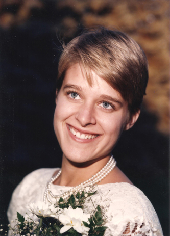 A friend offered to take wedding photos when we eloped and I am forever grateful for his gift. 4 September 1985